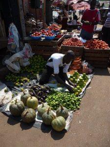 markt Oeganda Kazuri Safaris